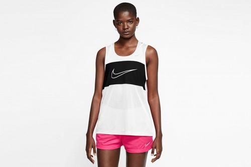 Camiseta Nike Sportswear Women's Mesh Top blanca