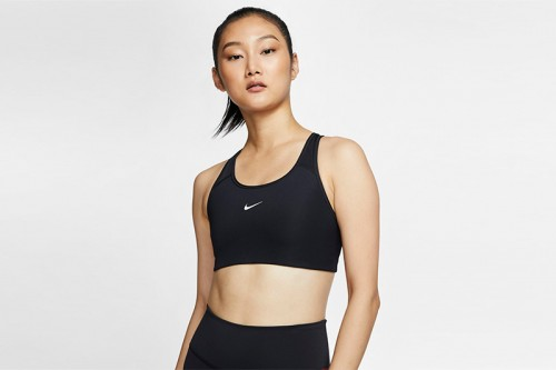 Sujetador deportivo Nike Swoosh negro