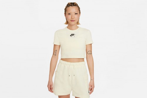 Camiseta Nike Air beige