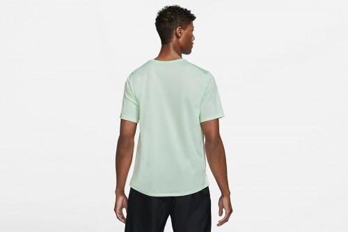 Camiseta Nike Dri-FIT Miler Wild Run verde