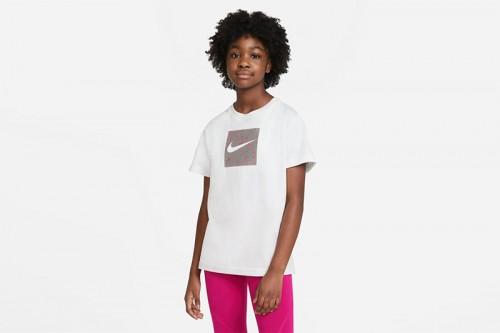 Camiseta Nike Sportswear blanca