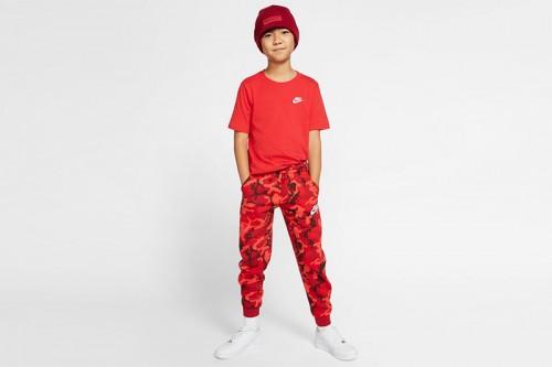 Camiseta Nike Sportswear Roja