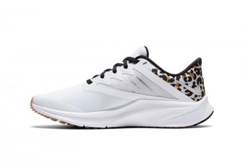 Zapatillas Nike Quest 3 Premium Blancas