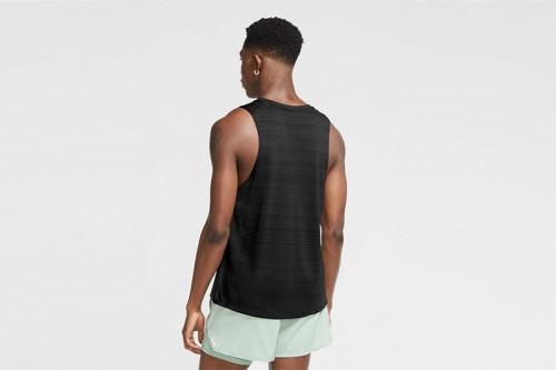 Camiseta Nike Dri-FIT Miler negra