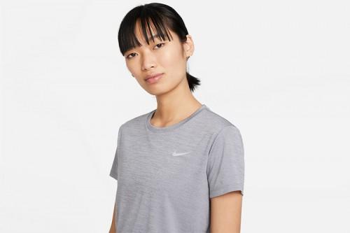 Camiseta Nike Miler Gris