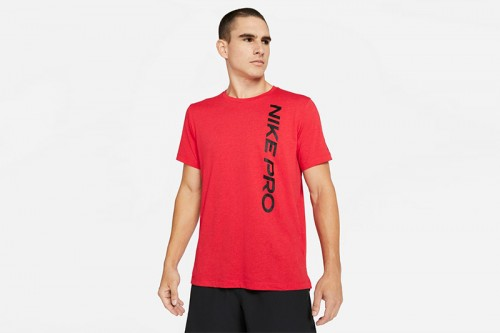 Camiseta Nike Pro Short-Sleeve Roja