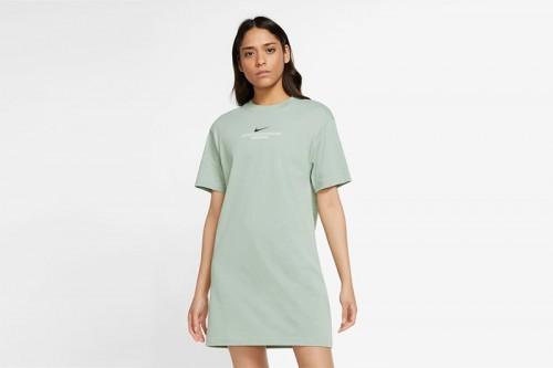 Vestido Nike Sportswear Swoosh verde