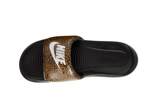 Chanclas Nike Victori One Negras
