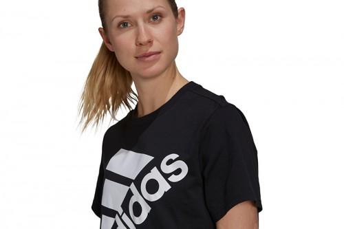 Camiseta adidas BRAND LOVE SLANTED LOGO BOYFRIEND negra